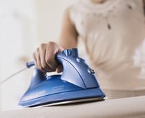 Как правильно погладить одежду